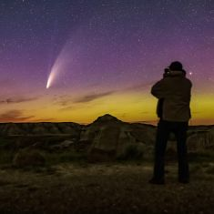 Alan Dyer joins Wings virtually with his stories of the Amazing Night Sky.